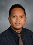 Headshot of Mark Suguitan